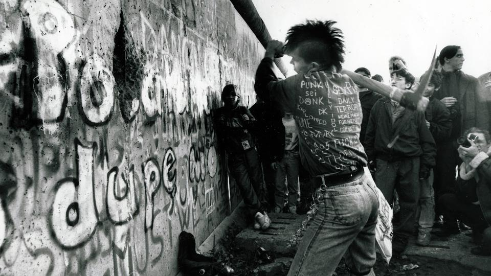 Anarchy in the E.U: East German Punk