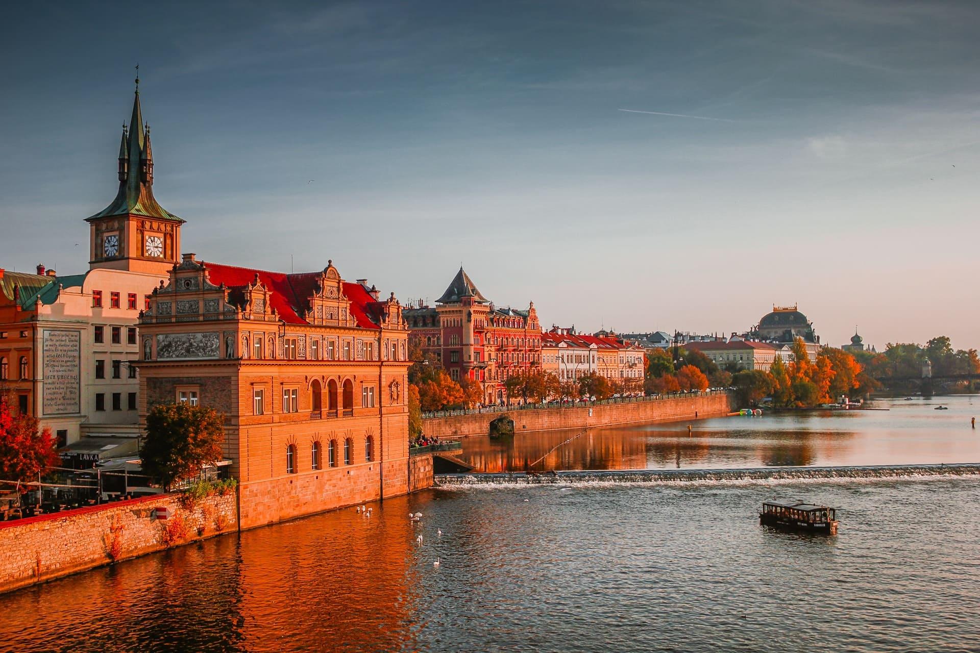 Play! A trip to Czech Republic